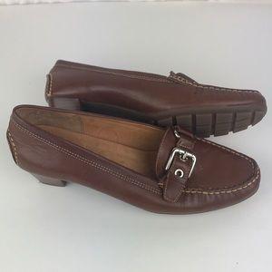 Hush Puppies Tan heels shoes Sz 81/2